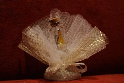 Bruiloft bedankje 'Flesje met champagne' (goud)