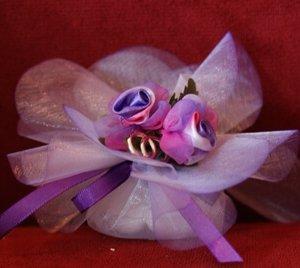 Bruiloft bedankje 'Roosjes' (wit met paars)