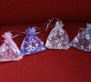 Organzazakje (roze, paars, zilver, blauw)