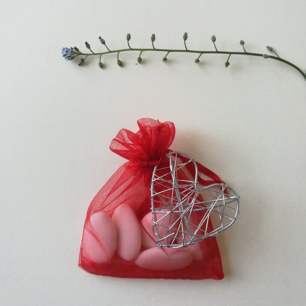 Bruiloft Bedankje 'Organzazakje met hart' (rood)