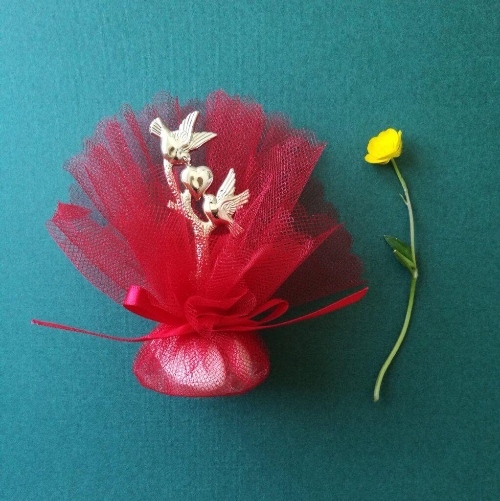 Bruiloft Bedankje 'Tortelduifjes met hart' (rood)